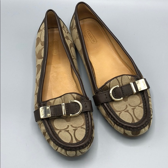 eedf44b240d Coach Flores Loafer sig C canvas and leather 9.5